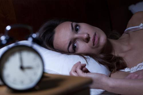 femme reveil insomnie